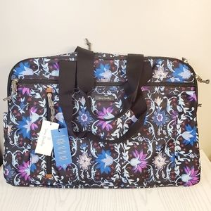 Vera Bradley Lighten Up Weekender bag NWT
